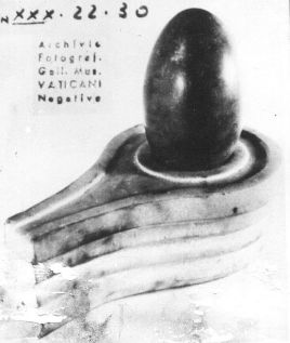 Shiva Linga found at Vatican city ( also called as Vatika in Hindu scriptures) excavation. Picture is at Gregorian Etruscan Museum, Vatican City. Photo: Booksfact.com