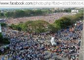 New normal in Indian election rally....crowd near rally spot