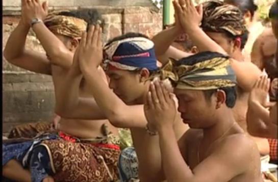 Hindu-Indonesia-1