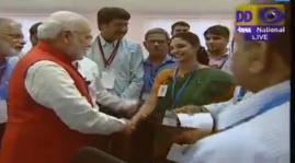 PM congratulating scientis and technicians