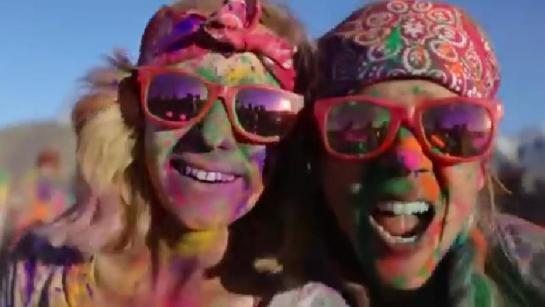 Hindu-Holi-Celebration-Foreigners-USA-India