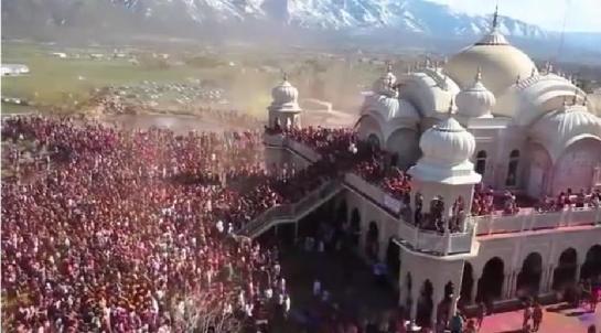 """Holi-Hindu-Temple-Radha-Krishna-USA-India"""