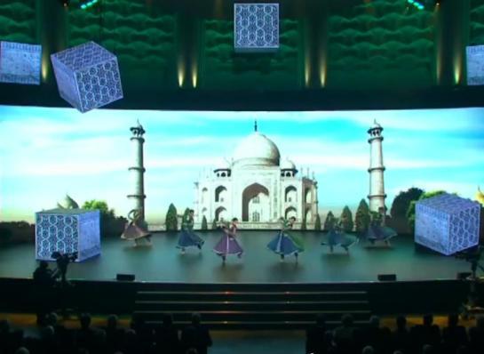 Kathak-Taj-Mahal-India