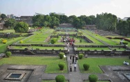 Inside Shaniwar wada fort