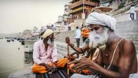 Yogi-India-Banaras-Ganga-River