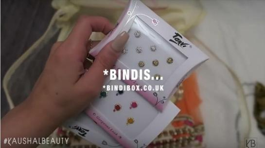 3-Bindi Box-Hindu-Diwali-Make-up-Fashion-Indian-Women-FEstival