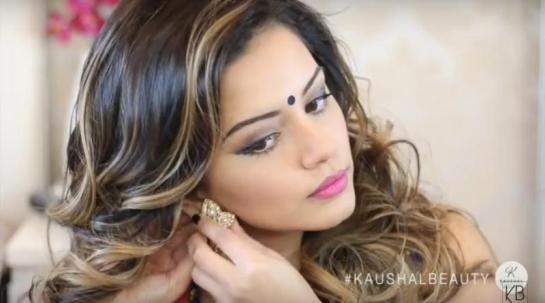Hindu-Diwali-Make-up-Fashion-Indian-Women-FEstival (10)